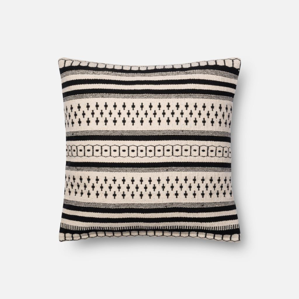 Magnolia Home P1011 Black / White Pillow