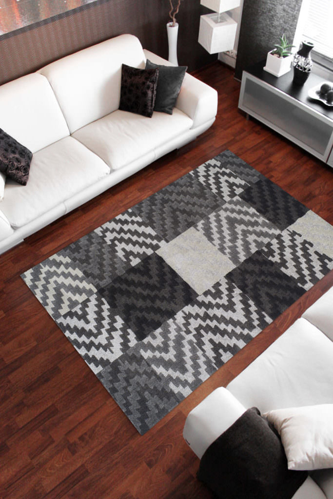 Dalyn Grand Tour GT82 Pewter Rug Room View